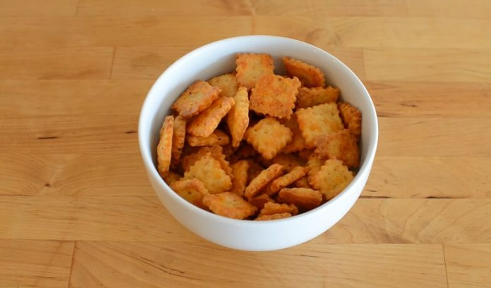 Homemade Cheez-Its recipe featured image