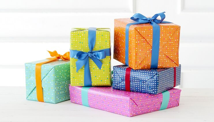 different gift box's ideas for chocolate truffles